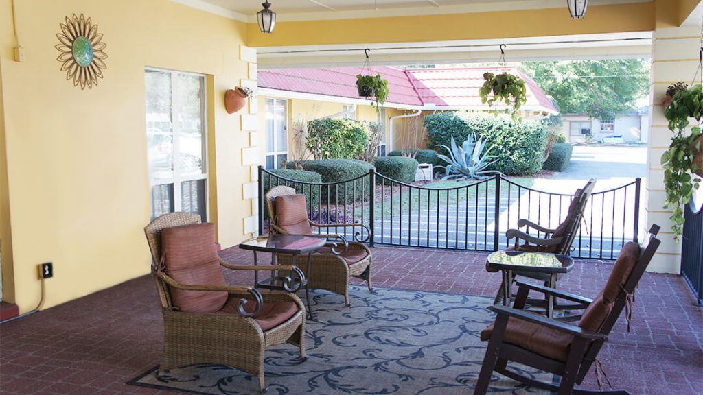 DSC02688 – Outdoor Patio – Emerald Coast