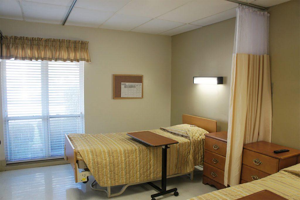 DSC02566 - Bedroom - Emerald Coast